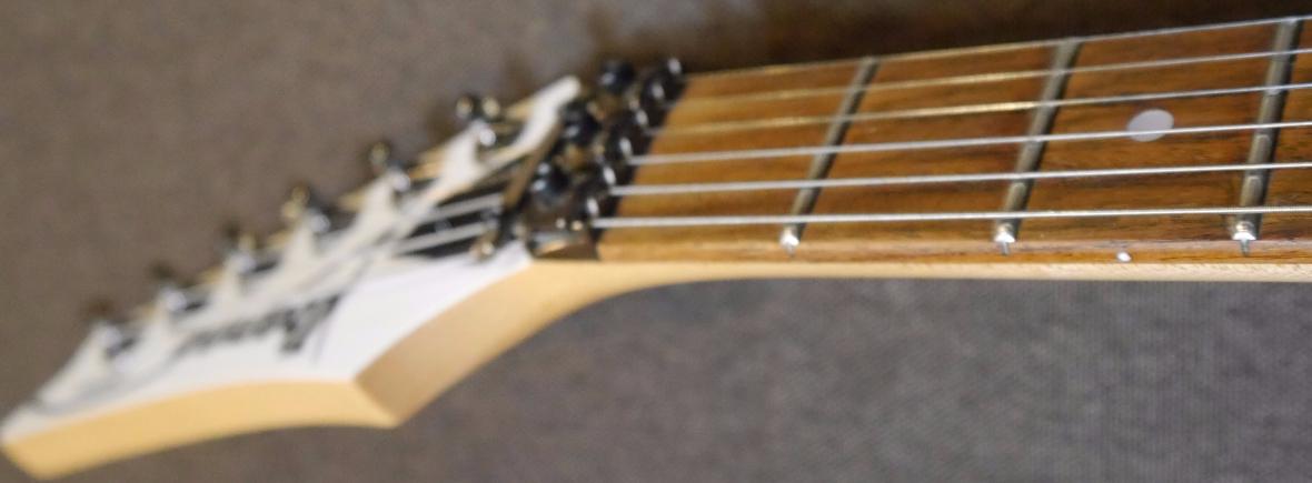 Guitar - PiecBerg Studio, we compose, we record, we mix an master